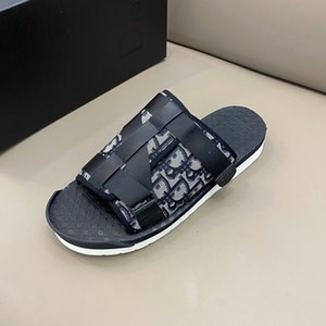 Новый дизайнер TN плюс тапочки летний пляж флип-флоп черный белый повседневные сандалии W обувь крытый нескользящие Мужские спортивные мокасины для женщин Wa RD399