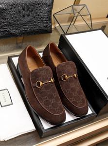 18ss дизайнеры 2019 новые моды для мужчин формальные Mariage свадебные туфли высокого качества острым носом бизнес обувь мужчины мокасины оксфорд обувь