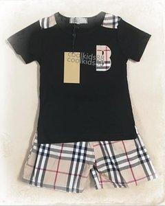 Roupas de grife menina do menino do bebê Little Kids Top Shorts Define Childrens 2pcs define Rapazes Meninas letra T-shirt E Pant Verão