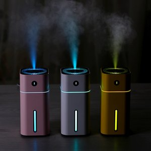 Aroma Essential Oil Diffuser Mini Ultraschall Square D Luftbefeuchter Luftreiniger LED-Nachtlicht USB-Auto-Lufterfrischer für Office