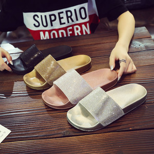 20ss Anti-skid Home Slippers Rhinestone 4 Colors Sandals Fashion Flat-bottomed Slippers High Quality New Style Slippers