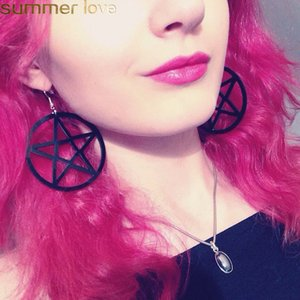 Big Black Star Pentagram Orecchini per le donne Hollow Dangle Circle Acrylic Earring Punk Rock Drop Round Ear Jewelry Party