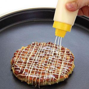 4 trous squeeze Type de bouteille Sauce Safe résine pour Ketchup Mayonnaise Jam Huile d'olive 300ml alimentaire Bouteille de salade de qualité Outils de cuisine DBC BH3553