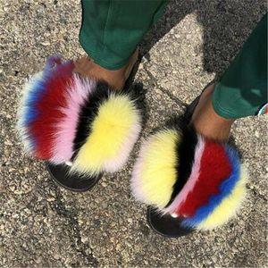 Kadın Yaz Kürklü Terlik Bayanlar Slaytlar Çocuk / Çocuklar Sevimli Peluş Fox Saç Kabarık Sandalet Kadın Kürk Ayaklı Sıcak Ayakkabı Flops