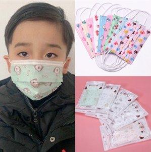 En kaliteli Çocuklar Maskeler 10pcs / pack Tasarımcı Yüz maskesi Moda Çocuk yüzü Çocuklar 3 katmanlı tek kullanımlık Kid Koruyucu Boys Kızlar Maskesi