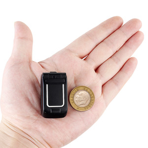 """الأصل طويل-CZ J9 0.66 """"أصغر هاتف محمول البسيطة فليب الهاتف المحمول بلوتوث اللاسلكية المسجل FM سحر صوت يدوي سماعات للأطفال"""
