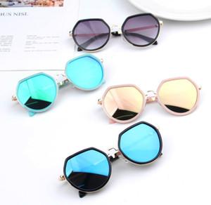 Estate New Kids occhiali da sole poligono ragazze struttura in metallo Occhiali da sole i bambini uv protezione della spiaggia accessori ombra A2943