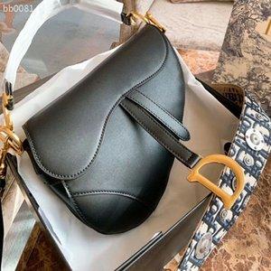 New 2020 Designer Luxury Women Handbags High Quality Leather Waist Bag Fashion Vintage Bag Handle Free Shipping Size 26X17cm Type5