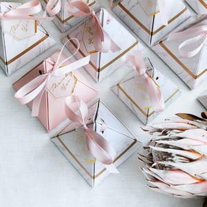 200pcs / lot Üçgen Piramit Mermer Şeker Kutusu Düğün tercih Ve Hediye Kutuları Çikolata Kutusu Bomboniera Eşantiyon Kutuları Parti Malzemeleri