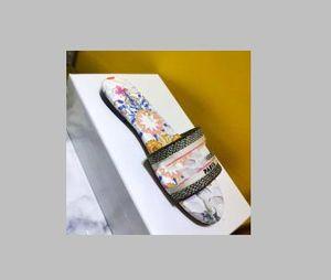 2019 Новый! Супер горячие продажи женские сандалии, летние женские тапочки, дизайнерские женские тапочки, бесплатная доставка