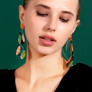 Neue bunte Übertriebene bunte gestreift kühle Acryl-Ohrringe Weinlese-Frauen-Harz-Tropfen-Ohrring-Schmucksachen für Partei und Geschenk Zubehör
