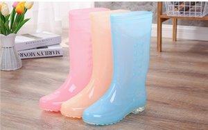 La venta caliente-ng y gran tamaño complemento bota de lluvia de otoño en lanoso alto cuadro de la madre zapato de goma de color caramelo tubo largo del zapato del agua