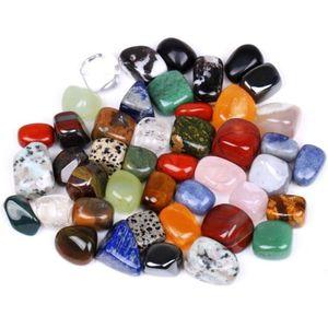 100 g / borsa Raw Gemstone Chip Artware Gemma colorata Decorazione della casa Forma irregolare Paesaggio misto Rock Crystal Stones 1-2.5 cm C19041101