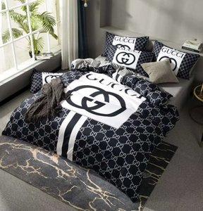 Markalı Ev Pamuk Yatak Takımları Tasarımcı Harf Baskılı Sac Comforter Kapak Yastık Moda Yetişkin Ev Tekstil