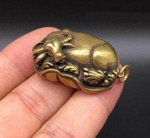 Chinesische reine Messingwasserbüffellüge der kupfernen Statue auf Lotos verlässt kleine Statue freies Verschiffen