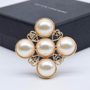 Cristal De Mode Perle Croix Broches Broches 14k Or Number5 Corsage Femmes Fille De Noce Bijoux Accessoires