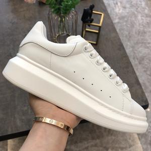 Top Qualität Schuhe Womens Herren Trainer Weiße Leder Plattformschuhe Flat Casual Party Hochzeit Schuhe Wildleder Running Scarpe