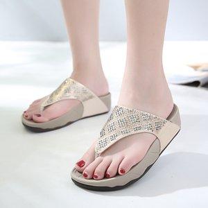 DiJiGirls Yumuşak Muffin Alt Takozları Kadınlar Plajı Terlik Sandalet Yaz Rhinestones Kadınlar Thong Ayakkabı için Flip-flop