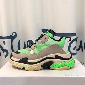 triple s sneakers Superstars mans shoes Woman mens designer shoes 35 color have fashion sneakers size 35-45 model ZX17 c22
