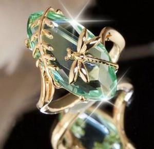 Creativo unico intarsiato Verde / Rosa zircone libellula Anelli Donne delicata gioielli oro elegante di colore anelli di nozze banchetto partito Anel