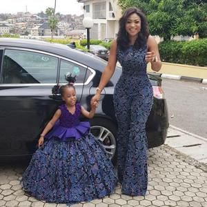 Bleu marine dentelle maman filles Robes pour Soirée Graduation 2020 robe de bal col en V drapée hiérarchisé Flower Girl Dress Black Girls Pageant