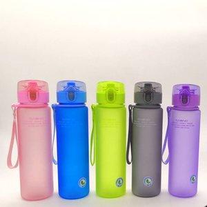 스포츠 물병 플라스틱 젖빛 음료 병 Leakproof 물 병 휴대용 PC 캠핑 하이킹 물병 14 OZ 및 20 OZ