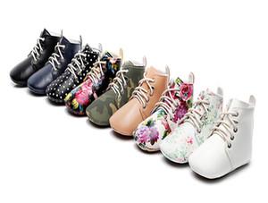 Детская обувь ИНС новорожденных девочек кружева-up резиновые мягкое дно обувь для новорожденных малышей Dots цветочные печатный PU кожаные ботинки малышей первые ходоки A2511