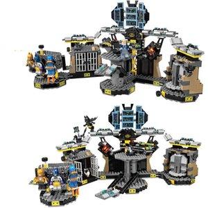 70909 1807Pcs Batman Film Legoinglys Marvel Serisi Batcave Alıştırma Yapı Taşları Bricks Eğitim Oyuncak Hediye 10636