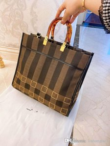 2020 New Female Shopping Canvas Retro Presbyopic Stripe Coffee Brown Bag Shoulder Beach Bags Women Handbag Woman Luxury Women Handbags