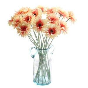 Wedding Fiore decorativo artificiale della margherita fiore di seta Gerbera finte Piante African Daisy fiori Mazzi per la decorazione domestica