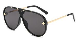 2019 Uma peça-Óculos De Sol de Metal Quadro Oculos De Sol Venda Quente Designer Feminino Gradiente Vintage Óculos de Sol Unisex Shades Oculos UV400 5 PCS