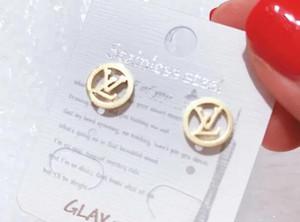 새로운 브랜드 디자이너 스터드 귀걸이 럭셔리 편지 귀 스터드 귀걸이 쥬얼리 골드 실버 여성 결혼 선물 무료 배송 123