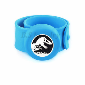 dinosaur 25mm Diffuser locket Kids Mosquito Repellent Bracelet Essential Oil Diffuser Locket Stretchable Silicone Slap Bracelet