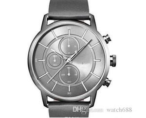 NEUE Art und Weise Quarz-Chronograph Herrenuhr neues Modell Männer Silber Dial Lederband-Uhr - HB1513570 1.513.570 + box