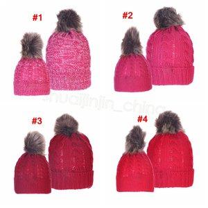 Ebeveyn-çocuk Pom Beanie Kış Sıcak Bere Büyük Kürk Pompon Şapka Bebek Anne Kayak Cap Baş Isıtıcı Örme Kafatası LJJA3587 Caps set