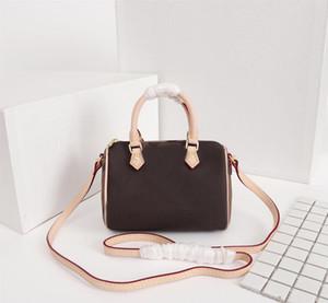 Luxus 2019 geben Verschiffenrindlederhandtaschenfarbenleder-Einkaufstascheschulterbeutel-Entwerferluxushandtaschenmappe # 61252 frei