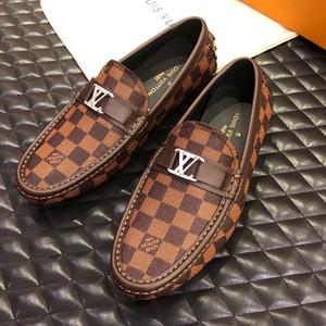 En Lüks tasarımcı moda erkek elbise ayakkabı Baskılı deri Düz resmi ayakkabı Bezelye rahat ayakkabılar antrenör sneakers Büyük boy 11