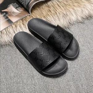 Novos designers de moda projeto mulher e homens chinelos chinelos de mulher de couro de alta estilo europeu e americano com a embalagem quente A10