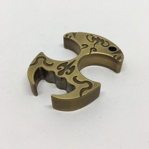 Nueva Brass Knuckles estilo chino del plumero de la ópera de Pekín dedo tigre equipos al aire libre autodefensa Ventana rota Abrebotellas