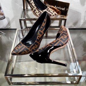 Chaussures de style classique de femmes sandales haut de gamme 35-41 designer mode chaussures à talons hauts fabricants promotionnel livraison gratuite (avec boîte)