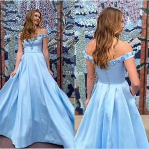 Off The Shoulde Sky Blue Prom Dresses 3D Floral Appliques Zipper Back A-Line Sweep Train Arabic Graduation Evening Party Gowns Robe Soriee