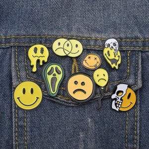 Nove Pulsante infelice Smiley Spille Pins del fronte del cranio avocado Jeans smalto spilla Jewelry Badge Cartoon regalo Amico