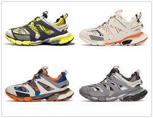 Nuovo Triple S Traccia 3,0 addestratori degli uomini Pattini correnti di sport Clunky Sneaker Nero Arancione Donne a piedi scarpe da Parigi sporco Dad