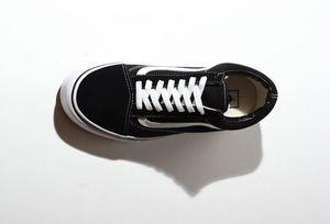 VS2 2020 Classics Old Skool Canvas Männer Frauen Freizeitschuhe Klassisches Schwarz-weißes Skateboard-Schuhe