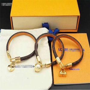 2020 Designer Bracelets Fashion Round Genuine Leather Bracelets with Gold For Women and Men Flower Print Bracelet Louìs Vuìttõn Jewelry