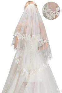 2020 Yeni Gelin Gelin Duvağı Ucuz Ücretsiz Gönderim Dantel Vintage Düğün Gelin Veil Dirsek Uzunluk İki Katmanlar Gelin Aksesuarları CPA1440