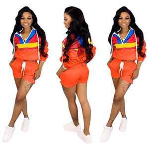New Arrival Women Casual Outfit Tracksuit Long Sleeve Hooded Zipper Top and Pocket Hot Pants Two Piece Sets Sportswear Suits P280