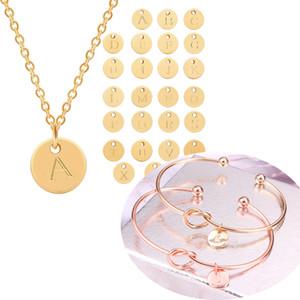 Moda 26 Kadın Aile Letter Takı Seti Hediyeler için Harf İlk kolye bilezik Gümüş Altın Renk Disk kolye Alfabe Knot Bileklik