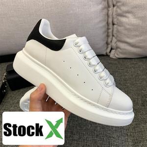 Yeni Platformu Siyah Beyaz Yansıtıcı Deri Casual Sneakers Erkek Kadın Moda parti stilist Ayakkabı Kadife Chaussures Altın Platformu Ayakkabı