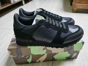 Moda Famosa Marca de Moda Estilo Versão Coreana Sapatos Homens Sapatos Casuais de Alta Qualidade Top Designer Da Marca Flats 3D Homens Sapatos